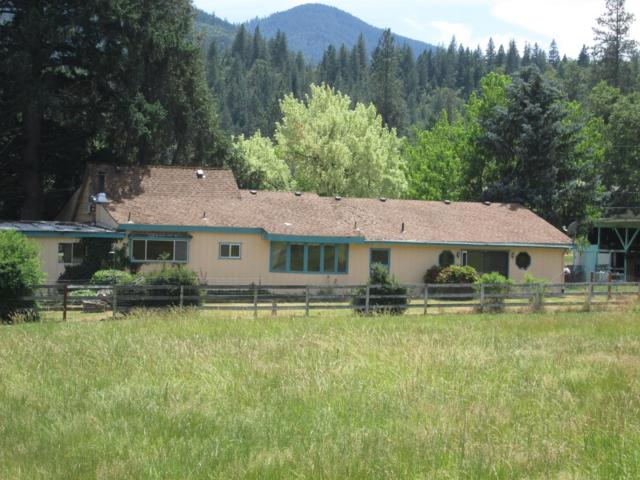 430 Stringer Gap Road, Grants Pass, OR 97527 (#3003257) :: FORD REAL ESTATE