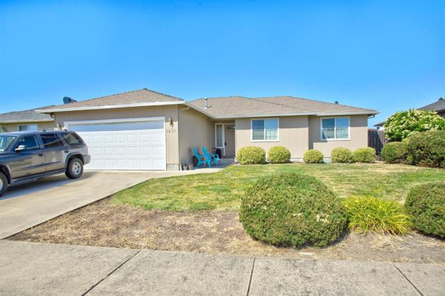 1420 Vista Drive, Central Point, OR 97502 (#3003287) :: FORD REAL ESTATE