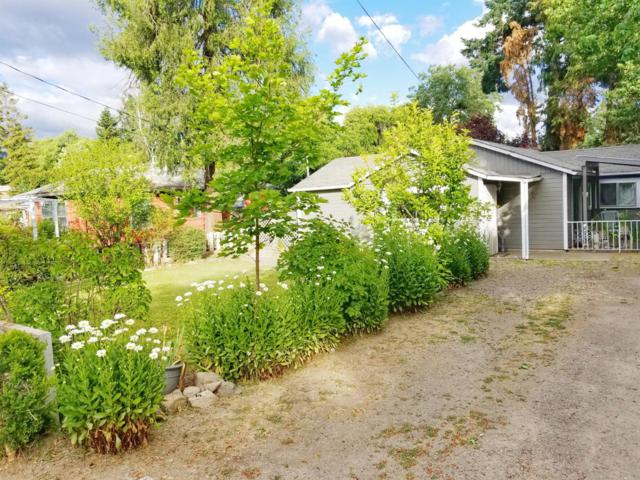 211 5th Street, Phoenix, OR 97535 (#3003954) :: Rutledge Property Group