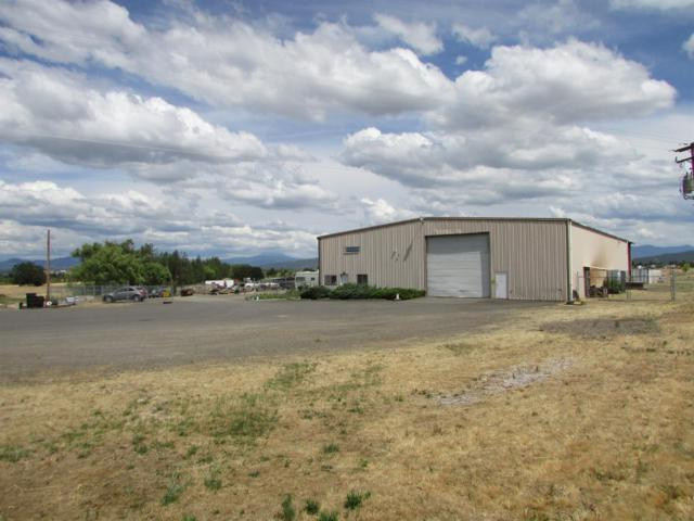 500 W Dutton Road, White City, OR 97503 (#3004051) :: FORD REAL ESTATE