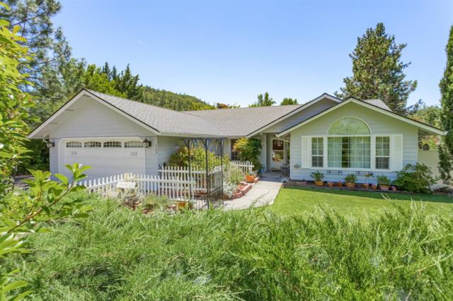 111 Edgewood Park Drive, Shady Cove, OR 97539 (#3004317) :: Rutledge Property Group
