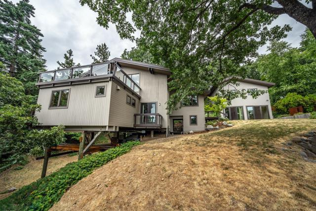 66 Scenic Drive, Ashland, OR 97520 (#3004435) :: FORD REAL ESTATE