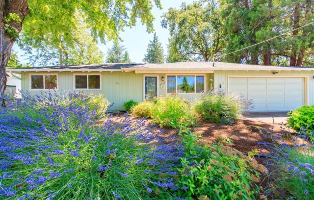 2756 Ruth Drive, Medford, OR 97504 (#3004581) :: Rutledge Property Group