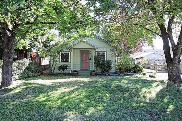 1361 NW Conklin Avenue, Grants Pass, OR 97526 (#3006440) :: FORD REAL ESTATE