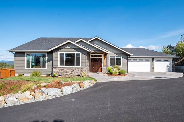 2351 Robertson Crest, Grants Pass, OR 97527 (#3006446) :: FORD REAL ESTATE