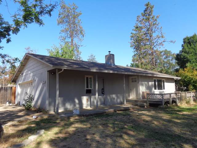 3400 Sams Valley Highway, Central Point, OR 97502 (#3006598) :: FORD REAL ESTATE