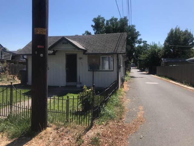 1326 Saling Avenue, Medford, OR 97504 (#3006640) :: Rutledge Property Group