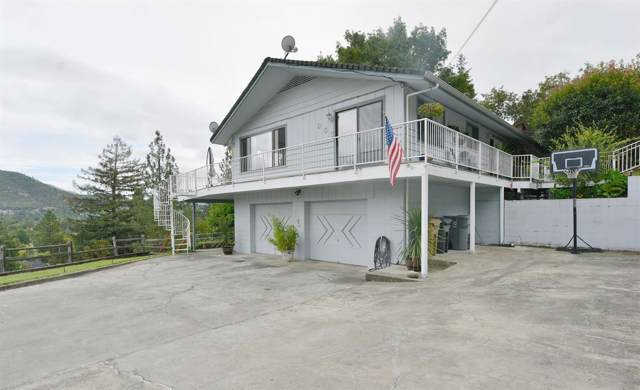 955 NW Starlite Place, Grants Pass, OR 97526 (#3006664) :: FORD REAL ESTATE