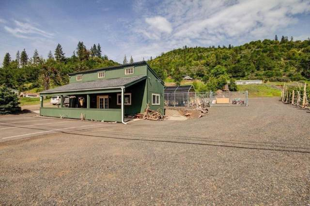 20300 Highway 62, Shady Cove, OR 97539 (#3007765) :: FORD REAL ESTATE