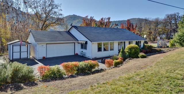 8725 John Day Drive, Gold Hill, OR 97525 (#3008067) :: FORD REAL ESTATE