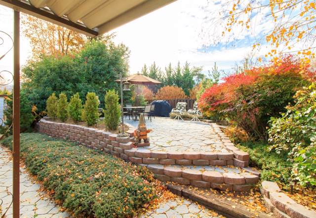 333 Mountain View Drive #76, Talent, OR 97540 (#3008200) :: FORD REAL ESTATE
