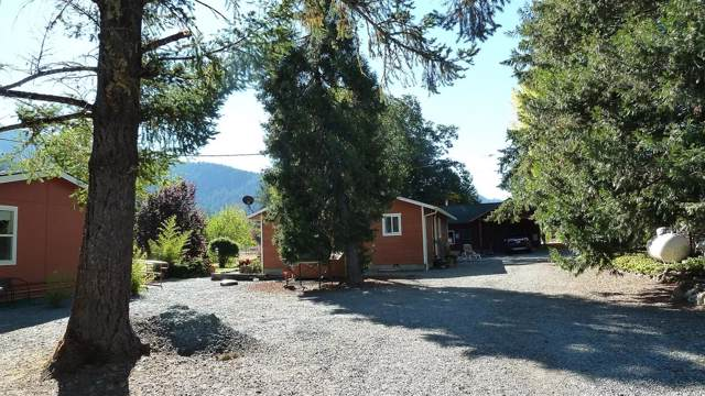 9535 Takilma Road, Cave Junction, OR 97523 (#3009368) :: FORD REAL ESTATE