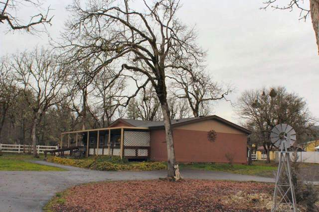 300 Bond Road, Shady Cove, OR 97539 (#3009794) :: FORD REAL ESTATE