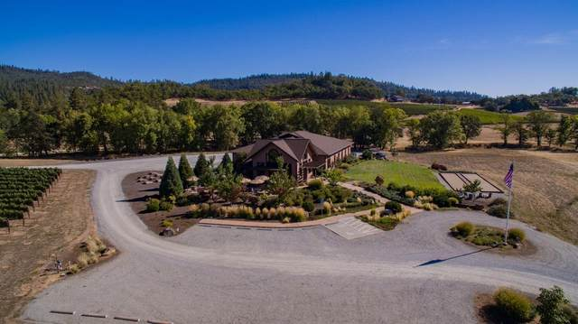 9200 Ramsey Road, Gold Hill, OR 97525 (#3010334) :: FORD REAL ESTATE