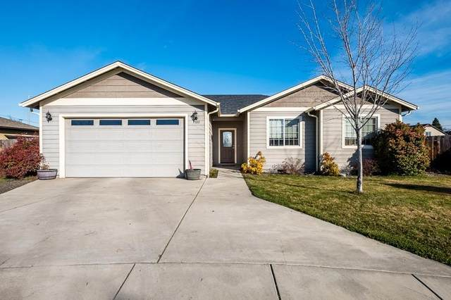 7599 Genes Court, White City, OR 97503 (#3010365) :: FORD REAL ESTATE