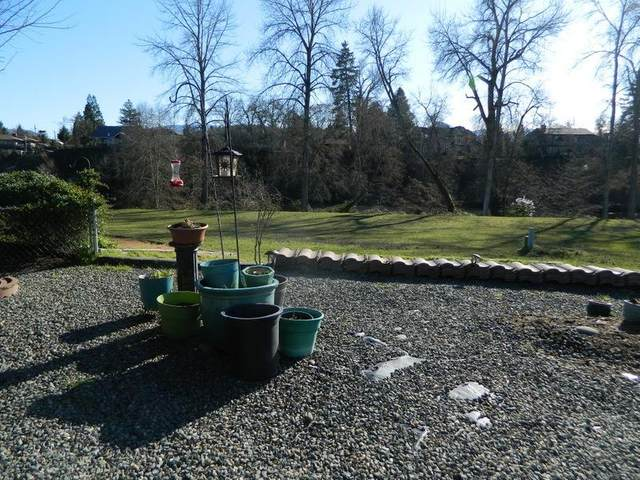 506 Wendover Circle, Grants Pass, OR 67526 (#3010420) :: FORD REAL ESTATE