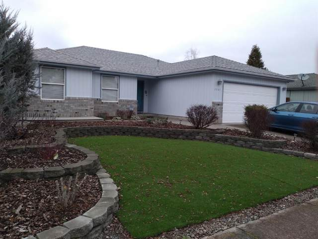 1361 Heather Lane, Central Point, OR 97502 (#3010423) :: FORD REAL ESTATE