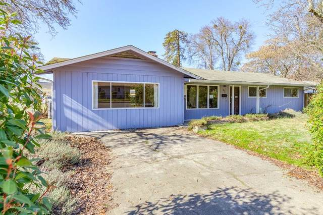 436 SW Westholm Avenue, Grants Pass, OR 97526 (#3010484) :: Rutledge Property Group