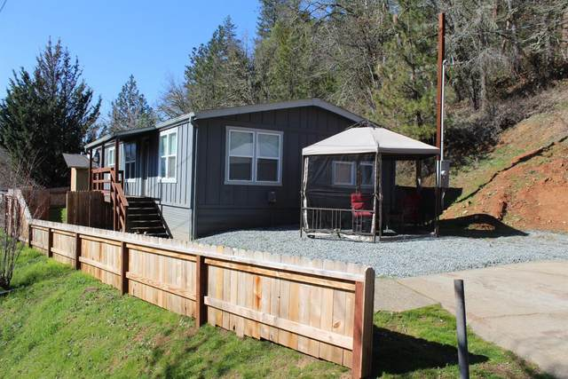 6840 N Applegate Road, Grants Pass, OR 97527 (#3010537) :: FORD REAL ESTATE