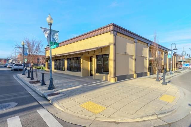 35 S Bartlett Street, Medford, OR 97501 (#3010553) :: Team Zebrowski