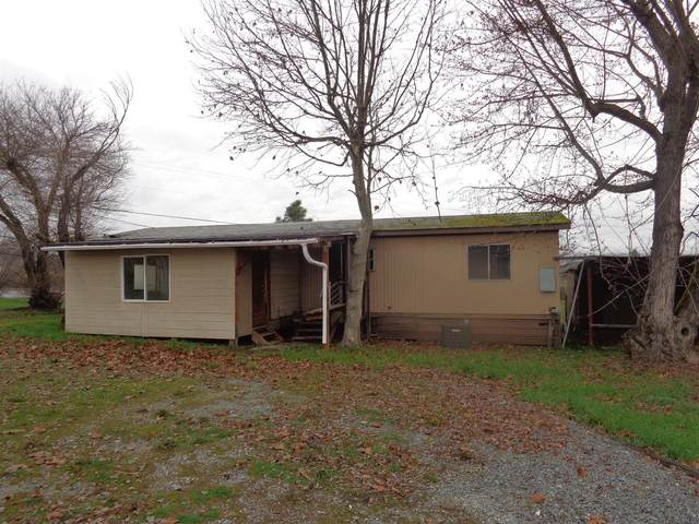 8213 Blackwell Road, Central Point, OR 97502 (#3010562) :: FORD REAL ESTATE