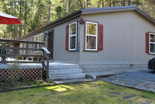 5200 Foots Creek R Fork Road, Gold Hill, OR 97525 (#3010635) :: FORD REAL ESTATE