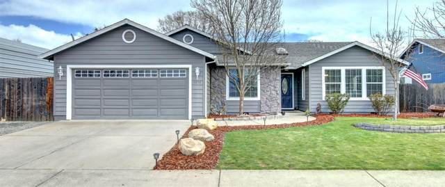 1670 Naples Drive, Central Point, OR 97502 (#3011567) :: FORD REAL ESTATE