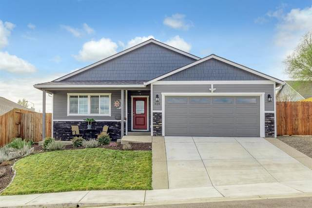 929 Stonewater Drive, Eagle Point, OR 97524 (#3011667) :: FORD REAL ESTATE