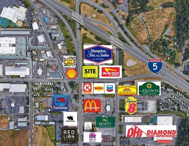 104 NE Morgan Lane, Grants Pass, OR 97526 (#3011903) :: FORD REAL ESTATE