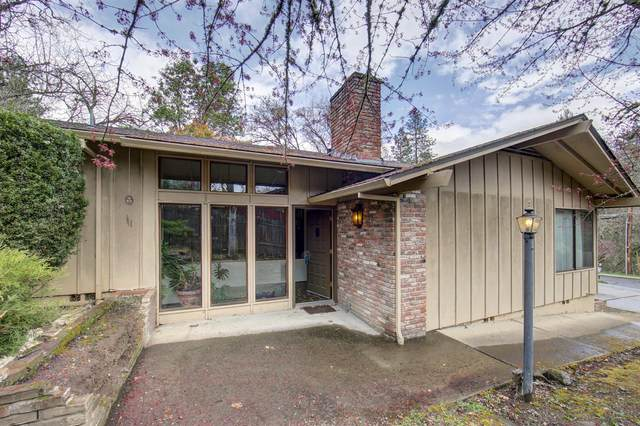 840 S Third Street, Jacksonville, OR 97530 (#3012095) :: FORD REAL ESTATE