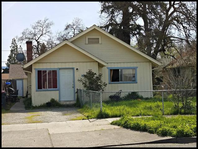1121 W 10th Street, Medford, OR 97501 (#2982828) :: Rocket Home Finder