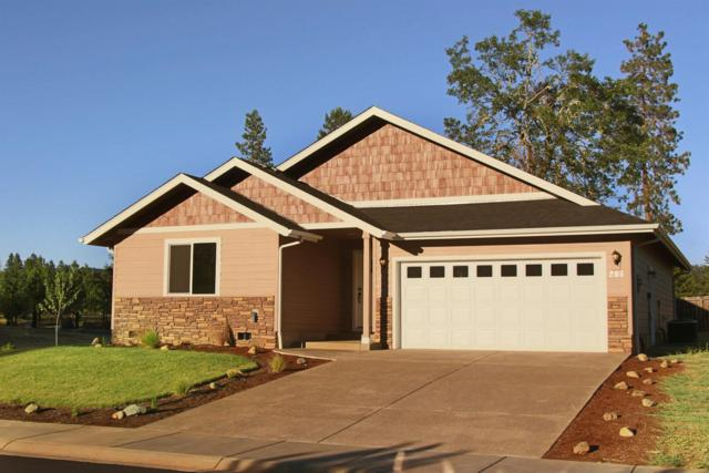 236 Pomeroy View Drive, Cave Junction, OR 97523 (#2983749) :: Rocket Home Finder