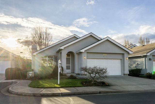 728 Cherrywood Drive, Medford, OR 97504 (#2986774) :: Rocket Home Finder