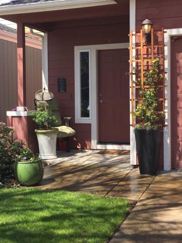 2619 Parkwood Village Lane, Central Point, OR 97502 (#2986870) :: Rocket Home Finder