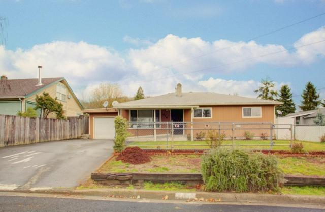 1016 NW Bellevue Place, Grants Pass, OR 97526 (#2986909) :: Rocket Home Finder