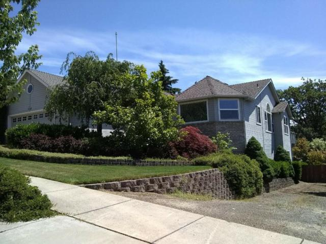 1546 Ridge Way, Medford, OR 97504 (#2987473) :: FORD REAL ESTATE
