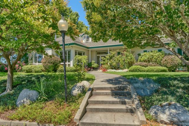 360 Country Aire Drive, Grants Pass, OR 97526 (#2988088) :: Rocket Home Finder