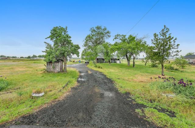 181 Bigham Brown Road, Eagle Point, OR 97524 (#2989658) :: Rocket Home Finder