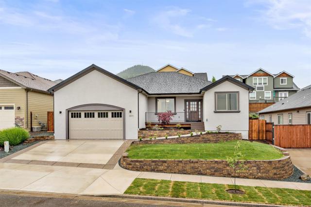 4490 Brownridge Terrace, Medford, OR 97504 (#2989887) :: Rocket Home Finder
