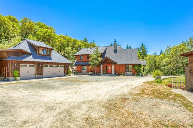 219 Fawn Drive, Grants Pass, OR 97526 (#2990033) :: Rocket Home Finder