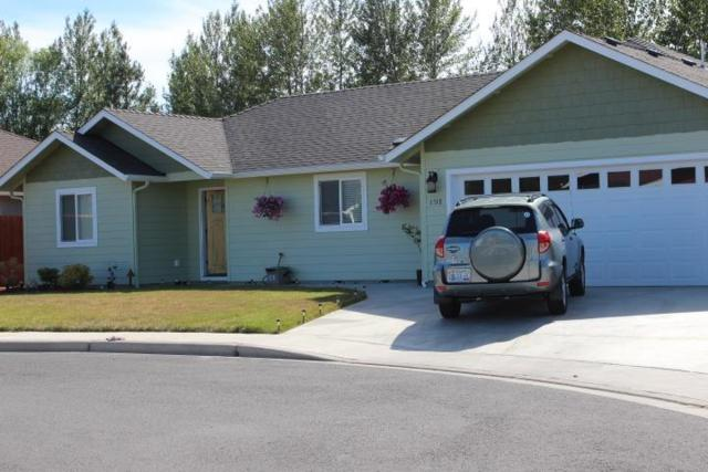 1518 SW Yucca Drive, Grants Pass, OR 97527 (#2991084) :: FORD REAL ESTATE