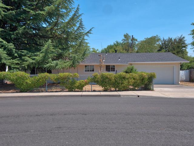 8082 Gladstone Avenue, White City, OR 97503 (#2992086) :: Rocket Home Finder