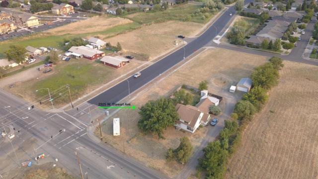 2325 W Stewart Avenue, Medford, OR 97501 (#2992645) :: Rocket Home Finder