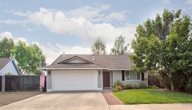 526 Westminster Drive, Eagle Point, OR 97524 (#2993189) :: Rocket Home Finder