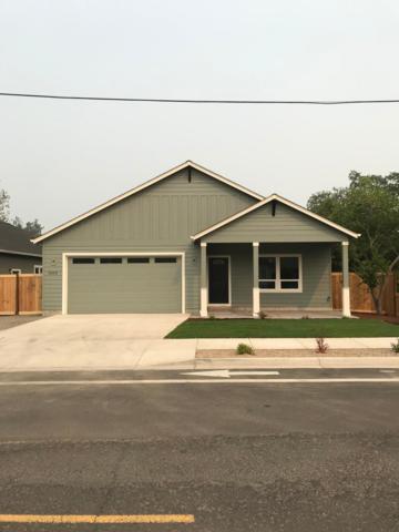 3653 Hilsinger Road, Phoenix, OR 97535 (#2993352) :: Rocket Home Finder