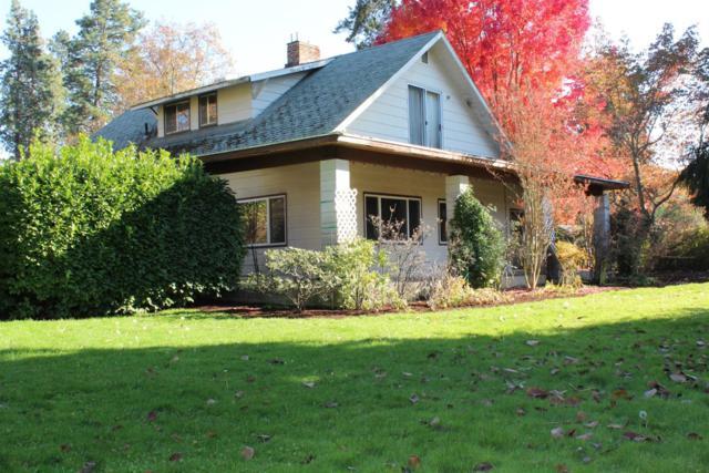 67 Perrydale Avenue, Medford, OR 97501 (#2995874) :: Rocket Home Finder