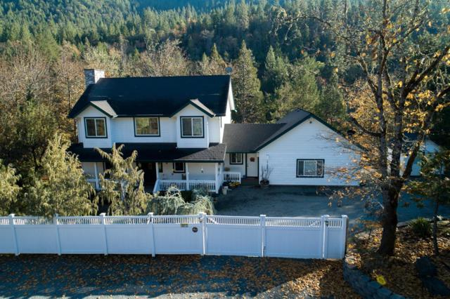 1673 Fish Hatchery Road, Grants Pass, OR 97527 (#2996086) :: Rocket Home Finder