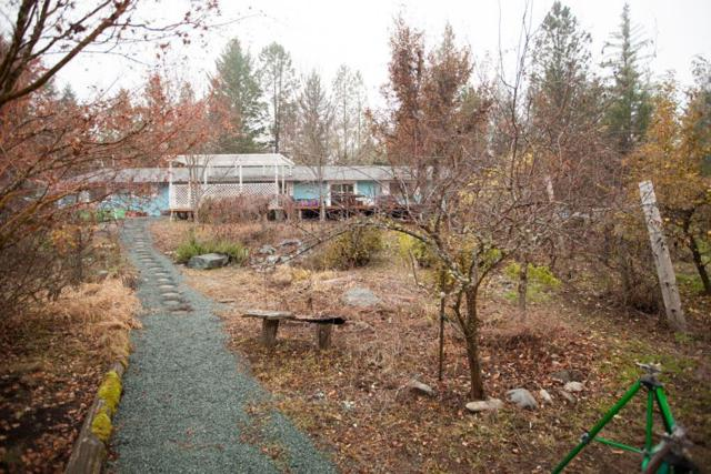2701 Coed Place, Grants Pass, OR 97527 (#2996682) :: FORD REAL ESTATE
