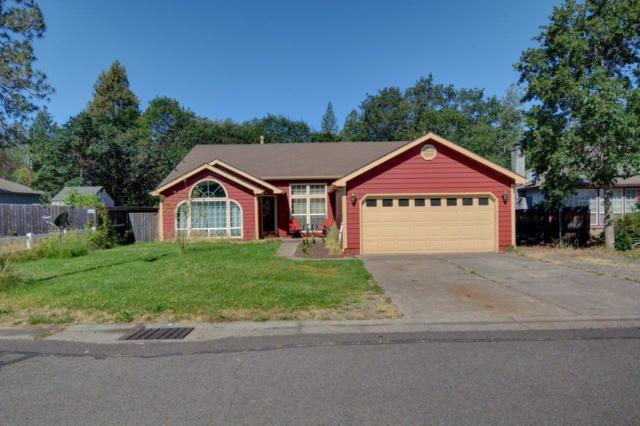 387 Yew Wood Drive, Shady Cove, OR 97539 (#3002906) :: FORD REAL ESTATE