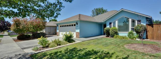 924 Highbury Drive, Medford, OR 97501 (#3003674) :: FORD REAL ESTATE